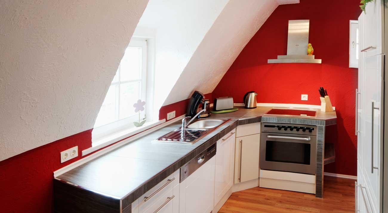 Kleine Küchenzeile in der Ferienwohnung von Gabi Moritz in Thüringen